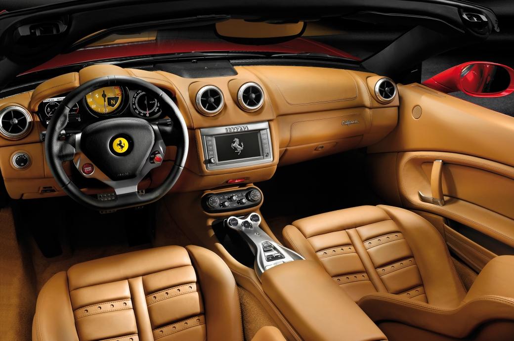 2014-ferrari-california-rear-interior-view