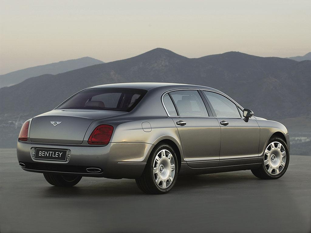 2005_Bentley_ContinentalFlyingSpur2