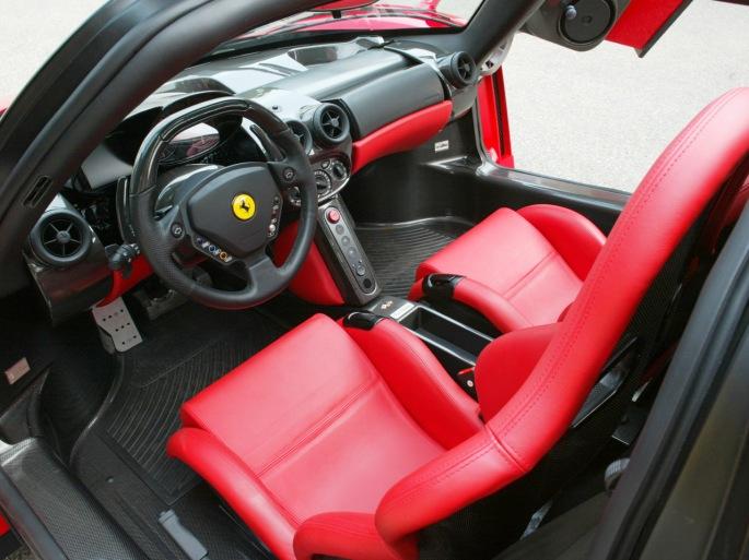 Ferrari-Enzo-Interior-1280x960
