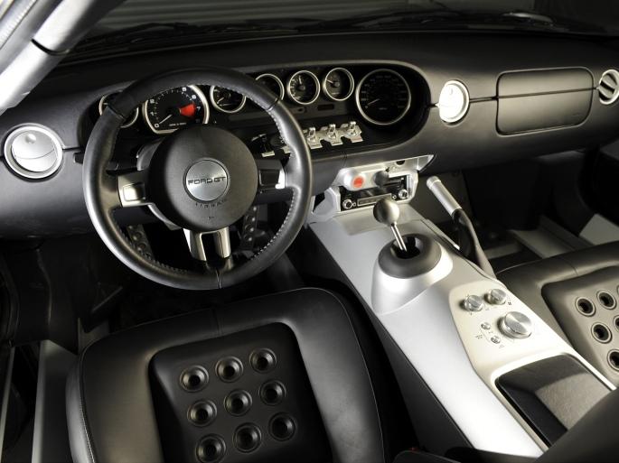 ford-gt-interior-1