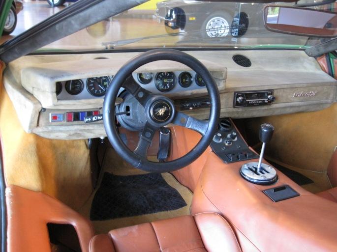 Lamborghini Countach2