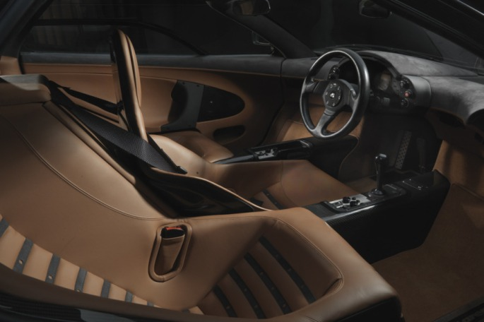 McLaren 058