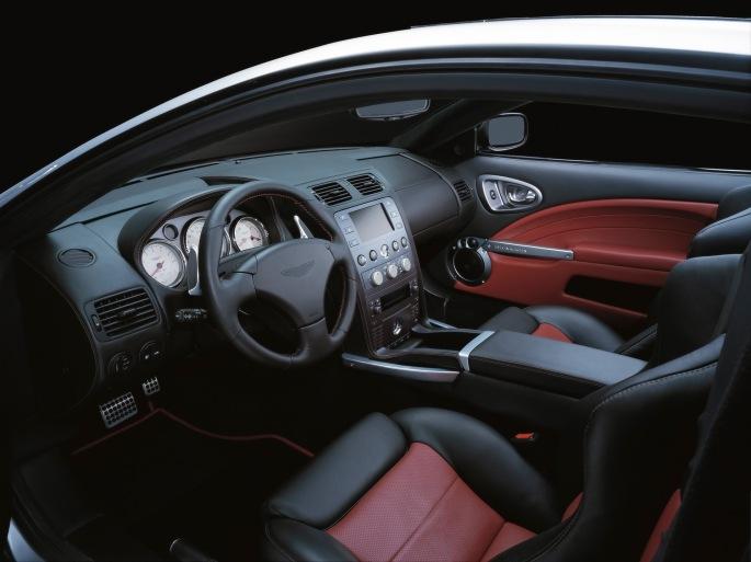 Aston Martin Vanquish S-2