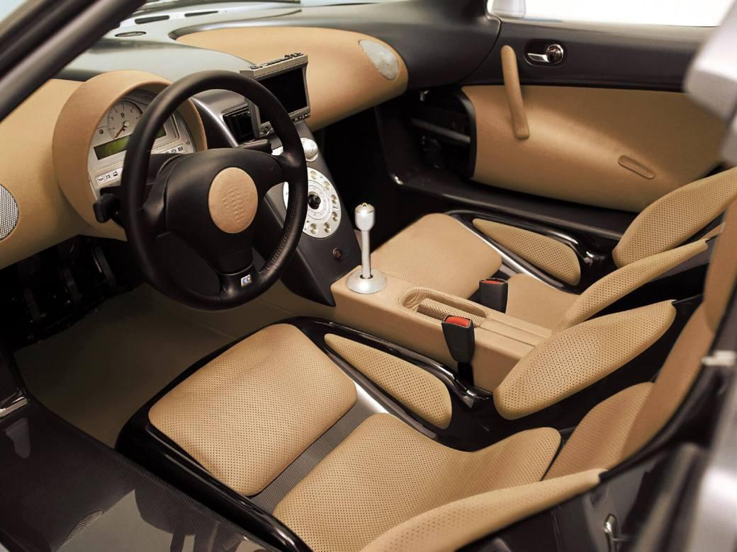 Koenigsegg CC8S-2
